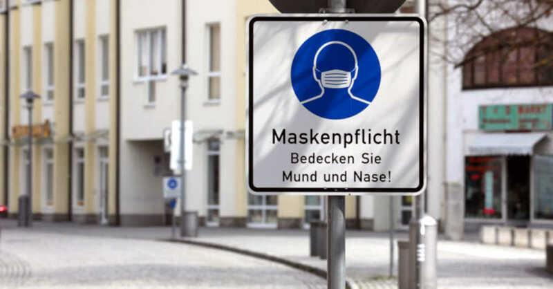 Maskenpflicht, Fußgängerzone, Innenstadt, Coronavirus, Pandemie, © Bodo Schackow - dpa-Zentralbild / dpa