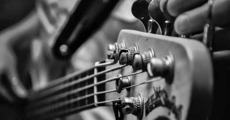 Bass, Bassgitarre, Band, Konzert, Musik, Auftritt, Veranstaltung, Event, © Pixabay (Symbolbild)
