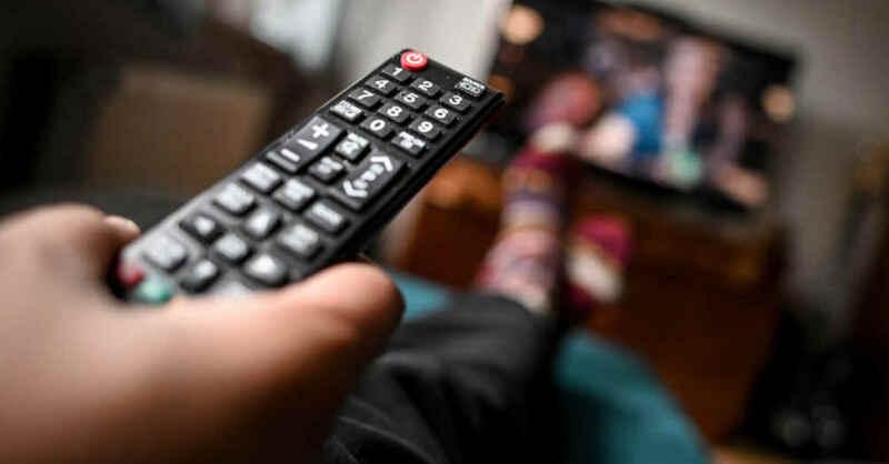 Fernsehen, Fernbedienung, TV, Netflix, Serie, Film, © Britta Pedersen - dpa-Zentralbild / dpa