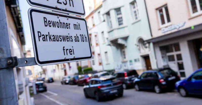 Anwohnerparken, Parkplatz, Freiburg, Parkgebühr, © Philipp von Ditfurth - dpa