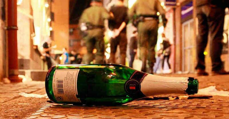 Festnahme, Bermudadreieck, Freiburg, Bars, Kneipen, Polizei, Schlägerei, Alkohol, © Patrick Seeger - dpa (Symbolbild)
