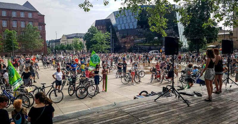 Fridays For Future, Klimastreik, Fahrraddemo, Kundgebung, Platz der alten Synagoge, Freiburg, © baden.fm