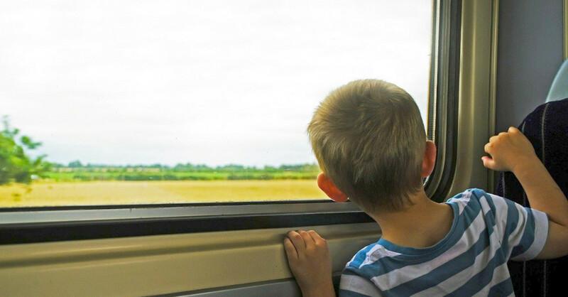 Kind, Zug, Reise, Urlaub, Deutsche Bahn, © Pixabay (Symbolbild)