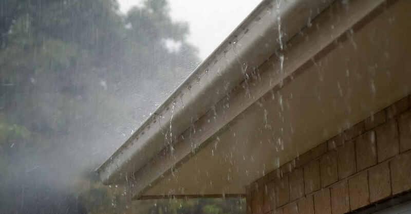Dachrinne, Regenrinne, Starkregen, Regen, Gewitter, Unwetter, Wasser, © Pixabay (Symbolbild)