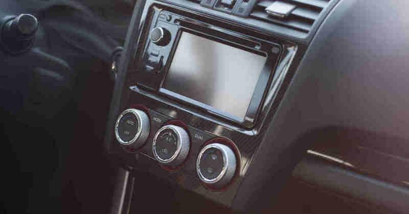 Autoradio, Auto, Verkehr, Radio, Klimaanlage, Cockpit, © Pixabay (Symbolbild)