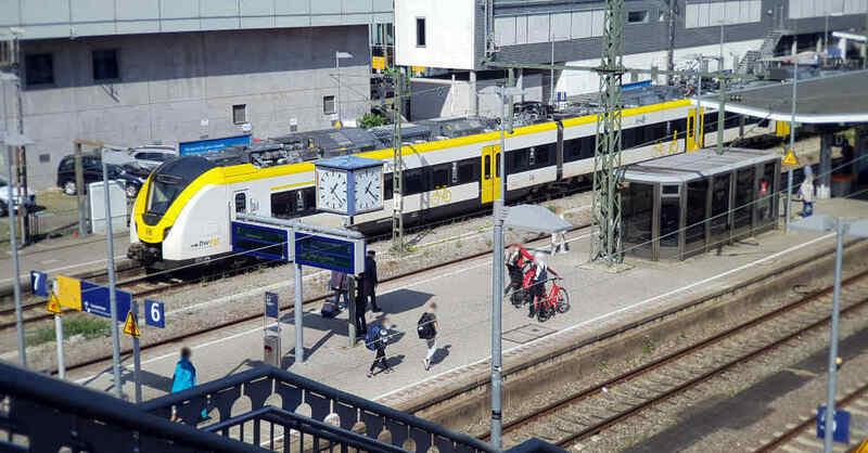Regionalverkehr, Breisgau-S-Bahn, Freiburg, Hauptbahnhof, Bahnsteig, Gleise, © baden.fm (Archivbild)