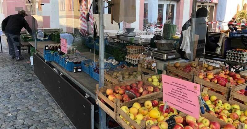 Münstermarkt, Marktstand, Freiburg, Plexiglasscheibe, Niesschutz, © baden.fm